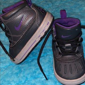 Nike size 4 infant